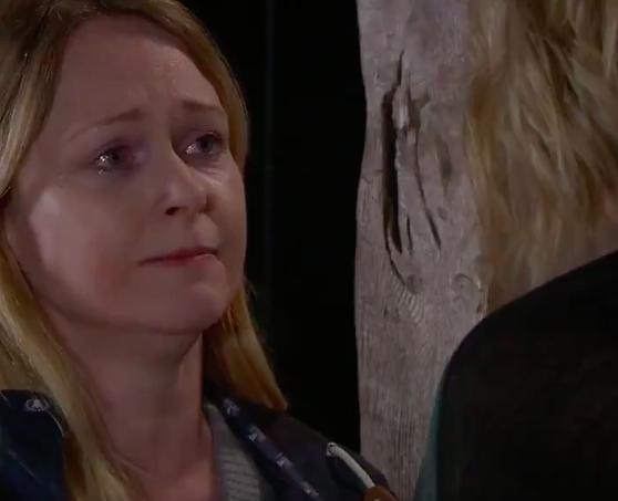 Vanessa tells Charity she has cancer