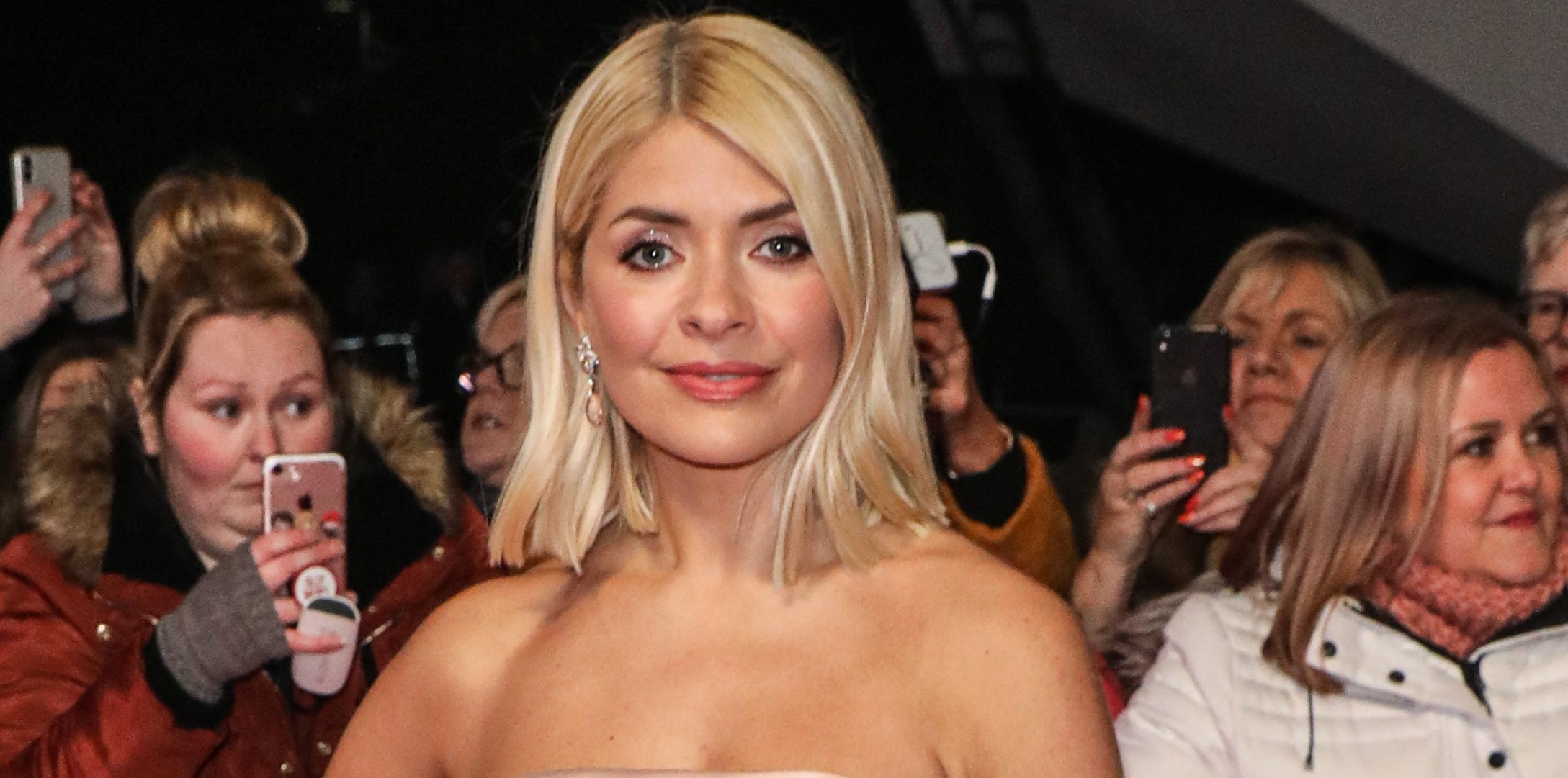 Holly Willoughby's desperate plea to her followers on social media