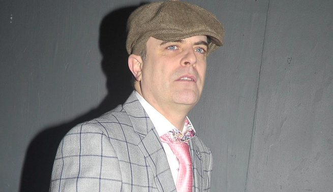 Coronation Street's Simon Gregson selling messages to fans for £30