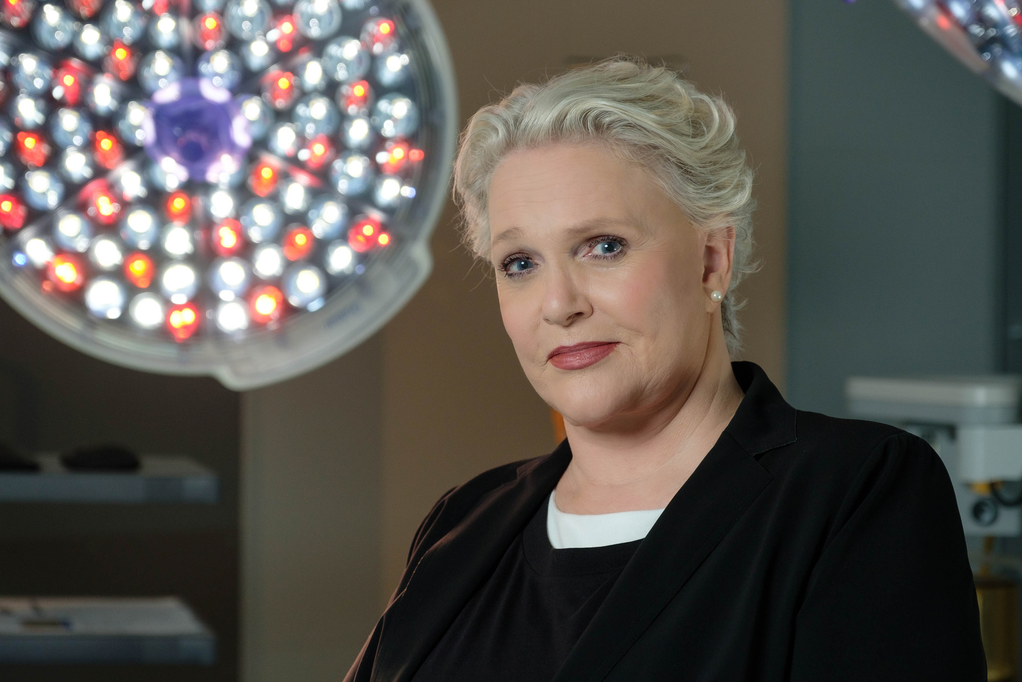 Casualty viewers beg Sharon Gless to return as Zsa Zsa permanently