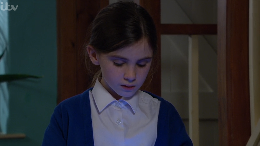 Emmerdale's Amelia Flanagan breaks fans' hearts with performance in April bullying storyline