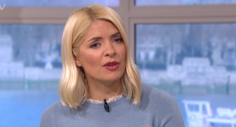 Holly Willoughby wows fans with colourful combo outfit for This Morning