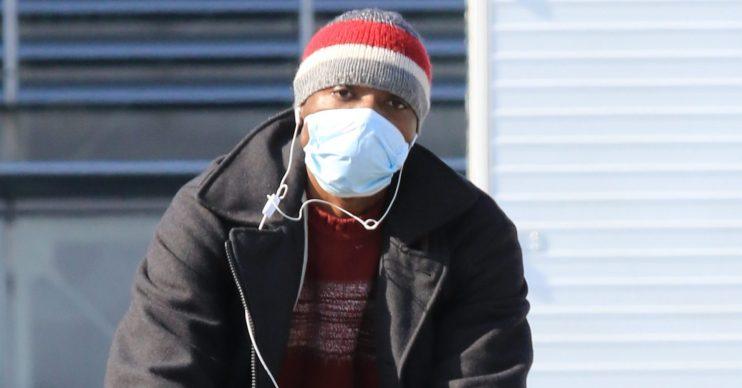 Man wearing a mask against coronavirus