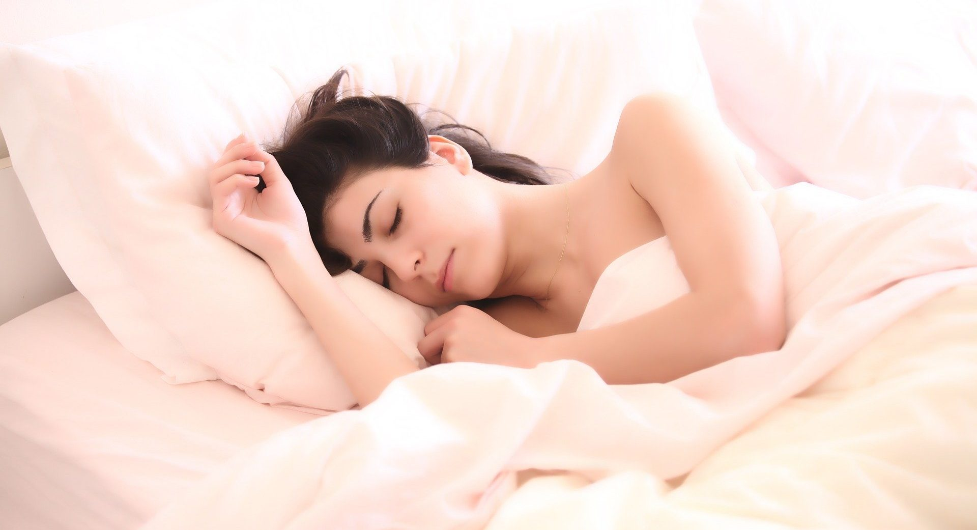 Sleep expert issues dire warning for people who make their beds every morning