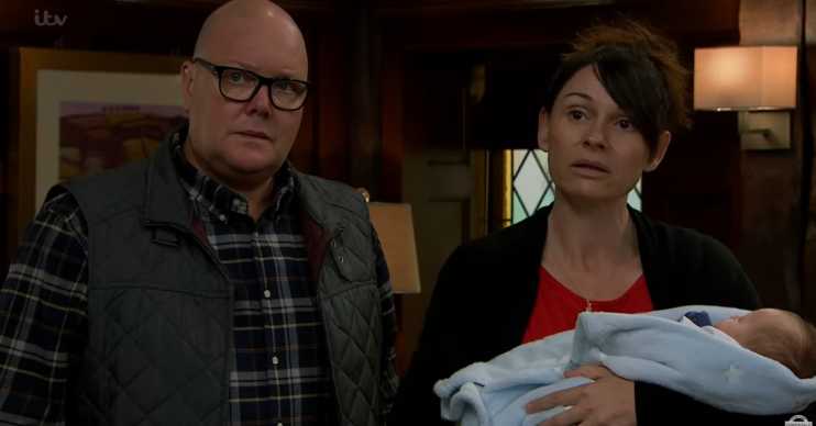 Emmerdale Paddy Chas Eve Credit: ITV/Youtube