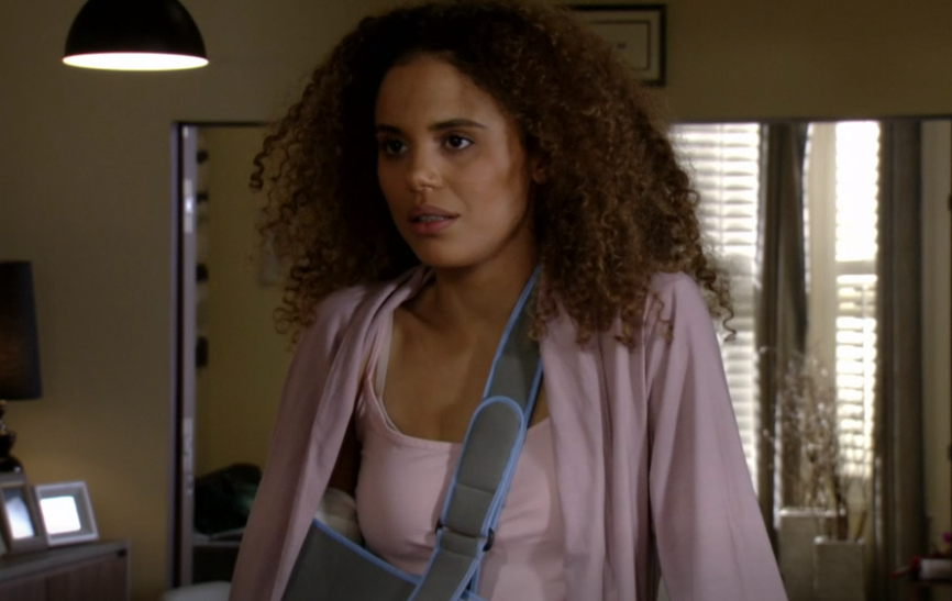EastEnders fans confused over Chantelle's broken arm