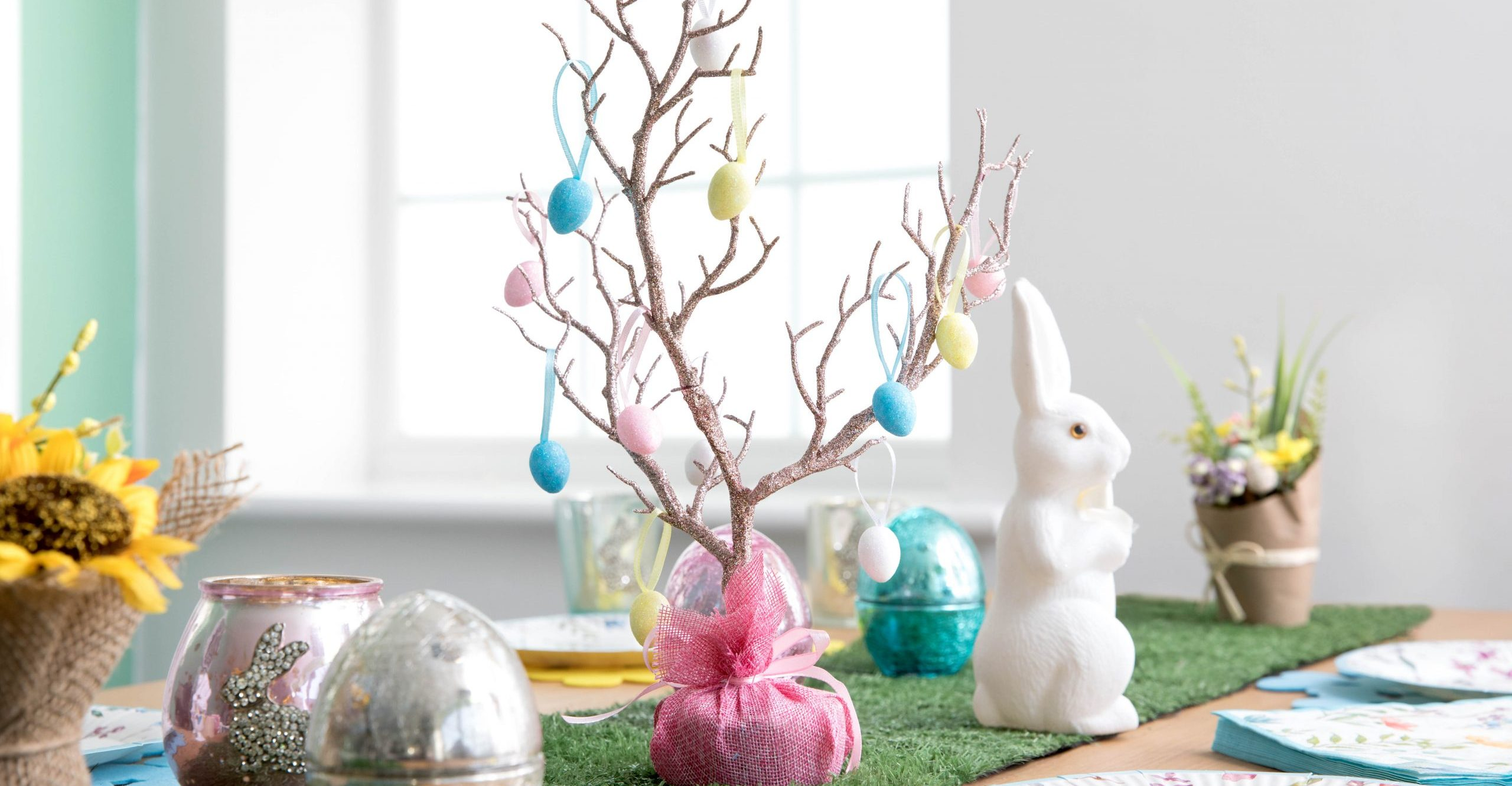 Shoppers brand Poundland's 'amazing' Easter trees an 'absolute steal' for just £1