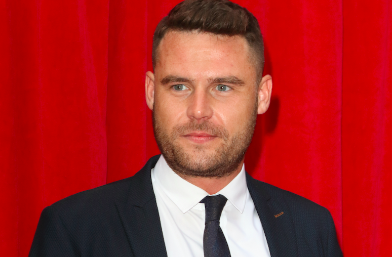 Emmerdale's Danny Miller robbed by a homeless man while on holiday in Ireland