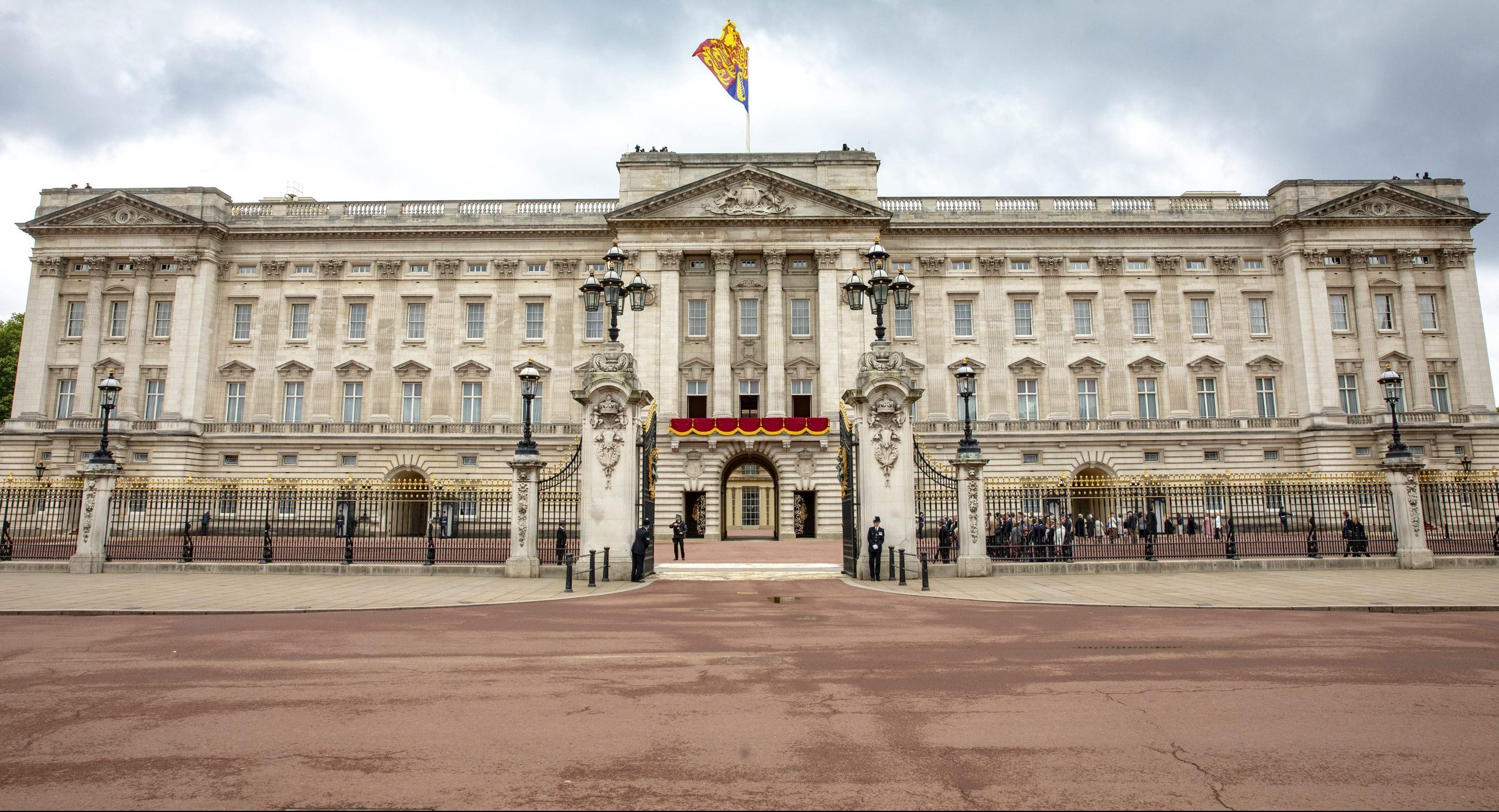 Buckingham Palace confirms changes to Queen's schedule amid coronavirus fears