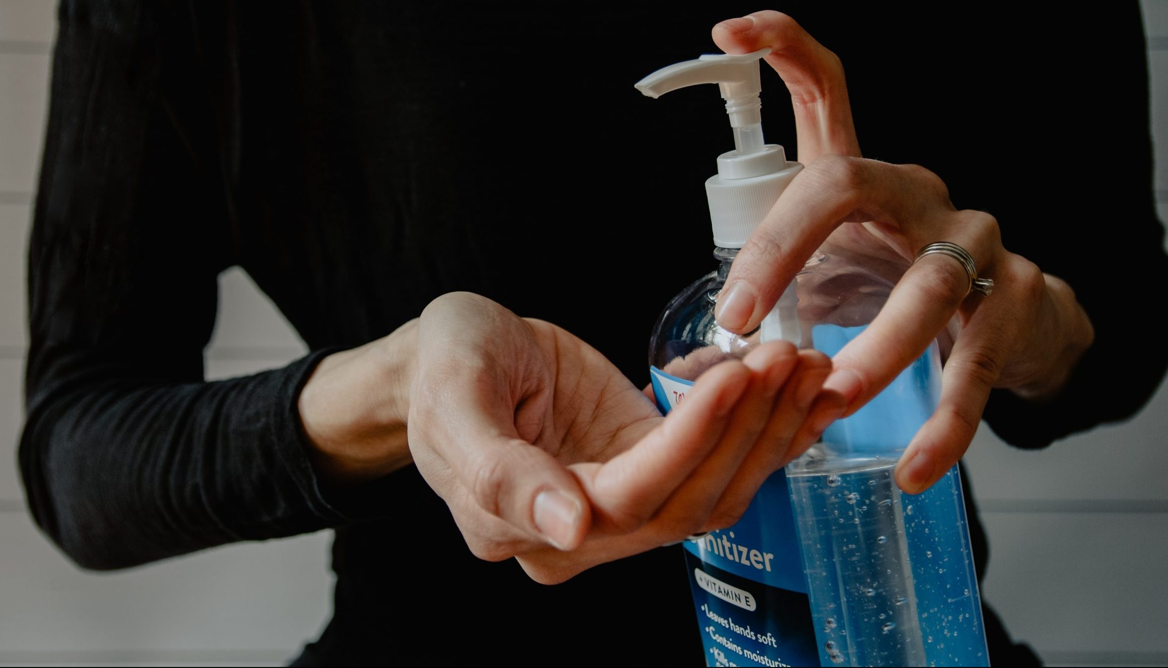 Unsplash hand gel sanitiser