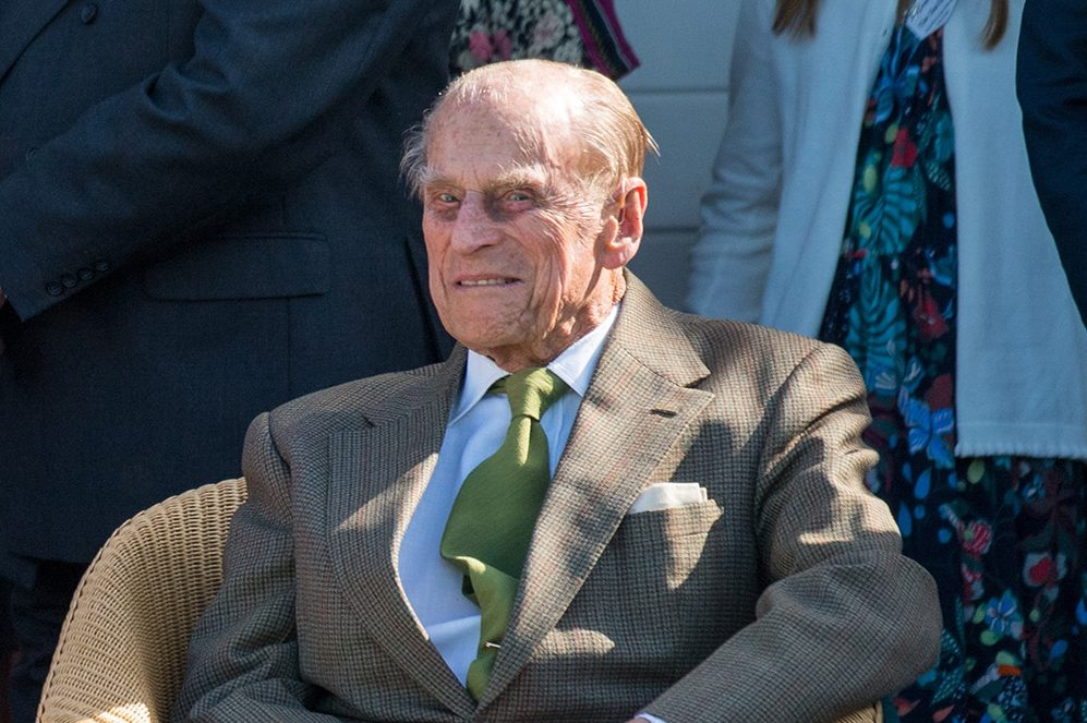 Prince Philip flown to Windsor Castle to self-isolate with Queen amid coronavirus