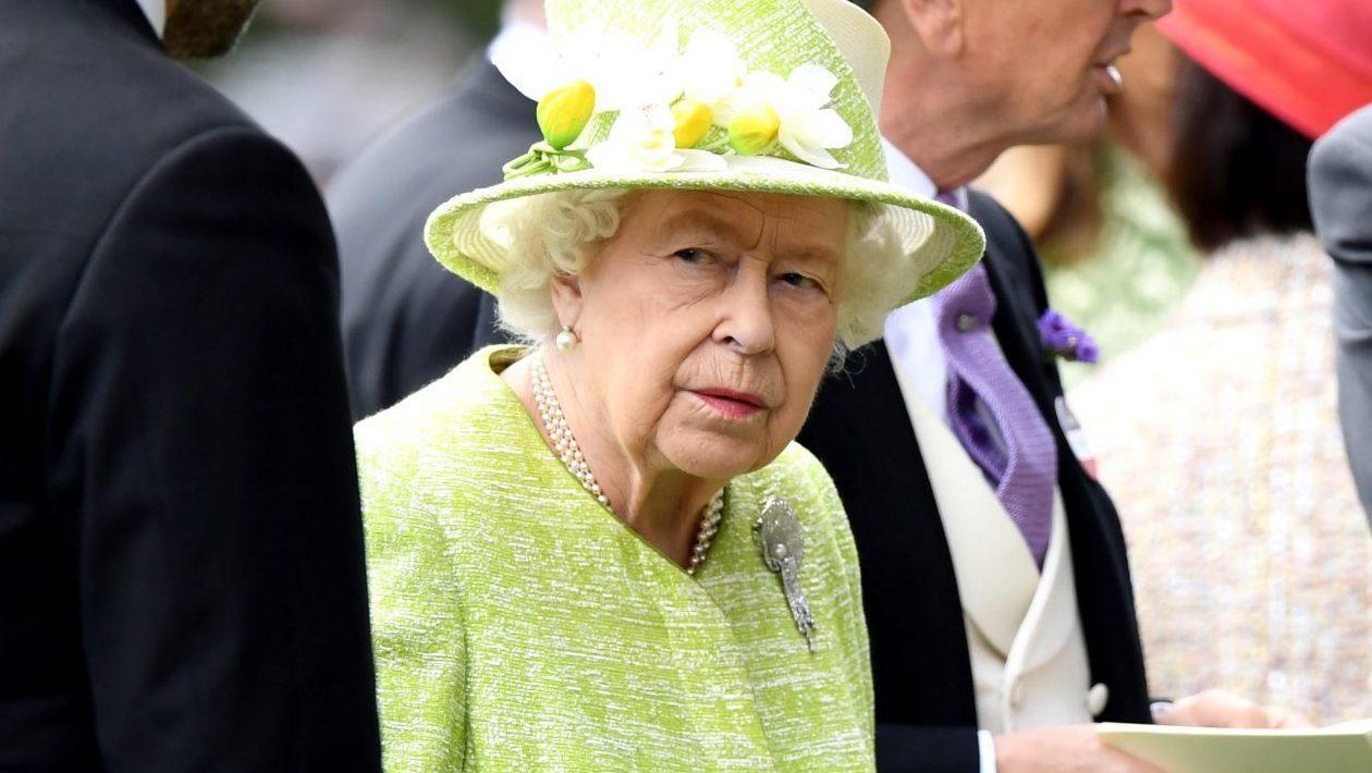 Coronavirus: The Queen releases message of solidarity amid COVID-19 pandemic