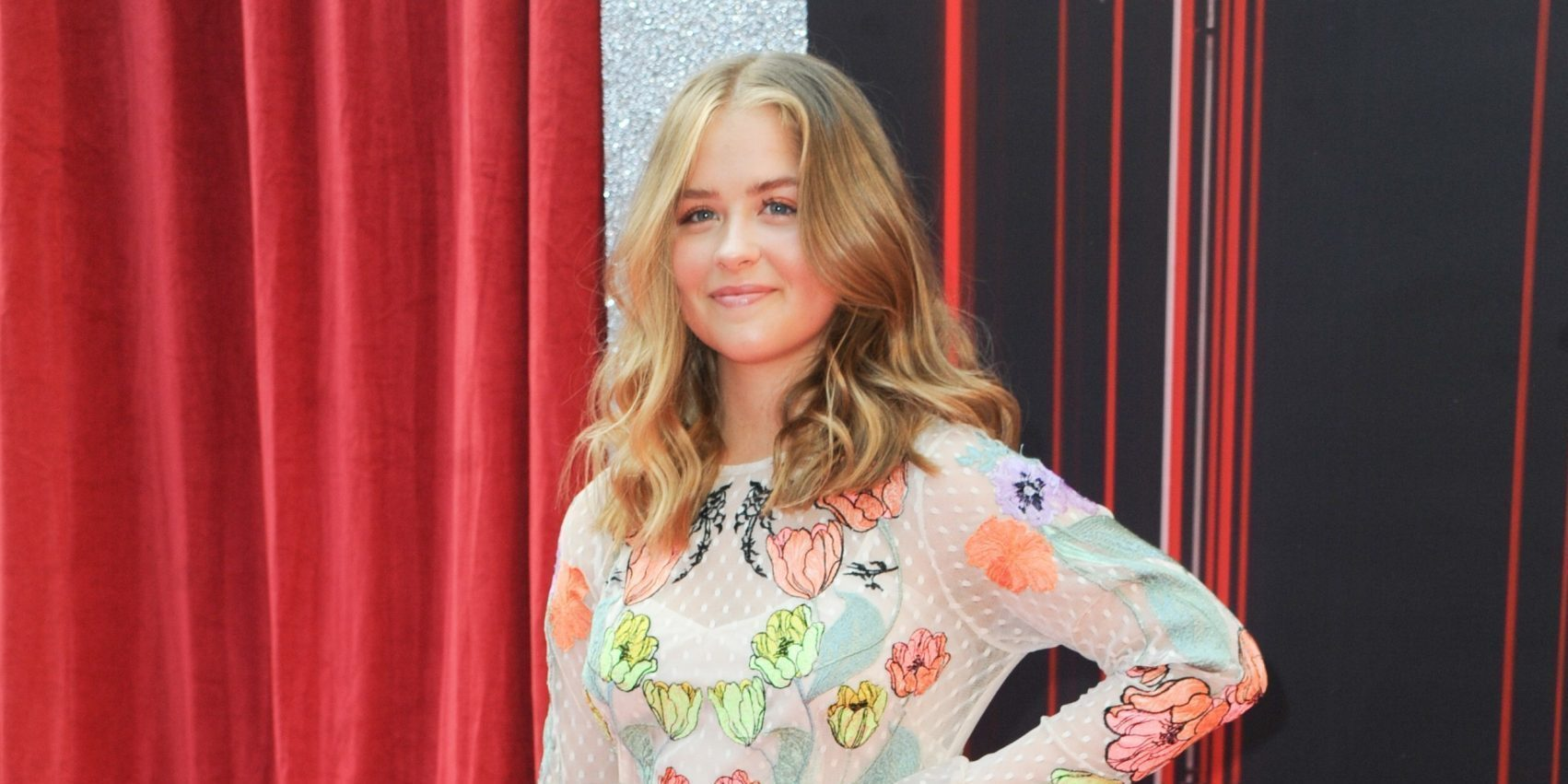 Emmerdale's Isobel Steele soaks up the sun with cute pups in adorable pic