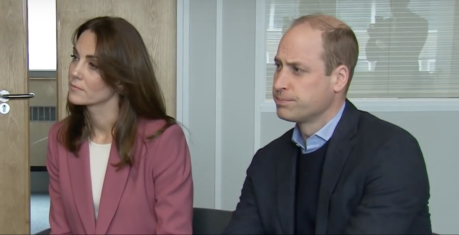 Coronavirus: Duke and Duchess of Cambridge praise NHS staff as they make surprise visit to 111 call centre