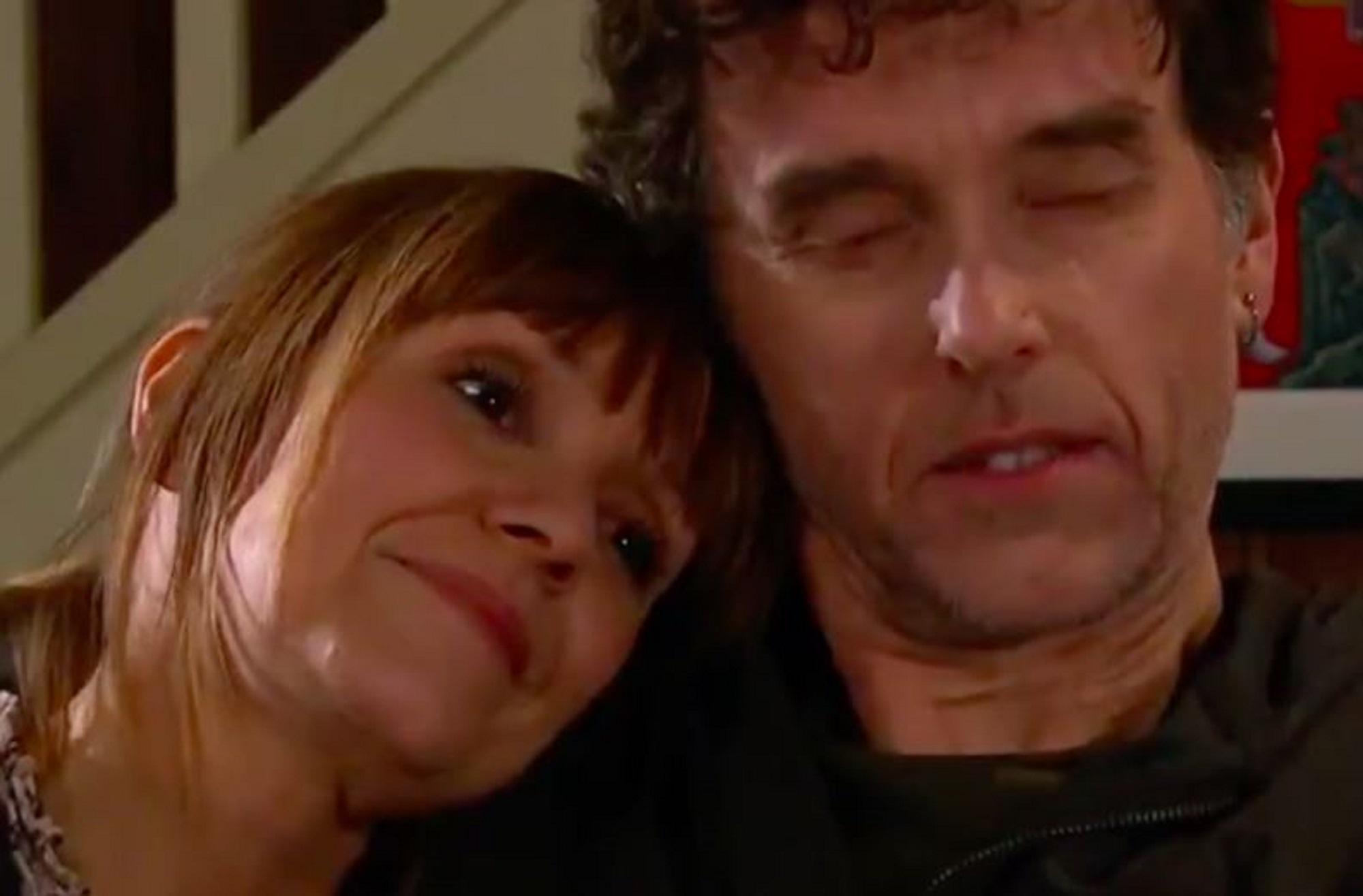 Emmerdale shock as Rhona tries to kiss Marlon
