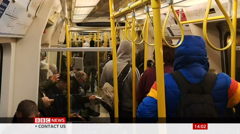 London Tube packed amid coronavirus