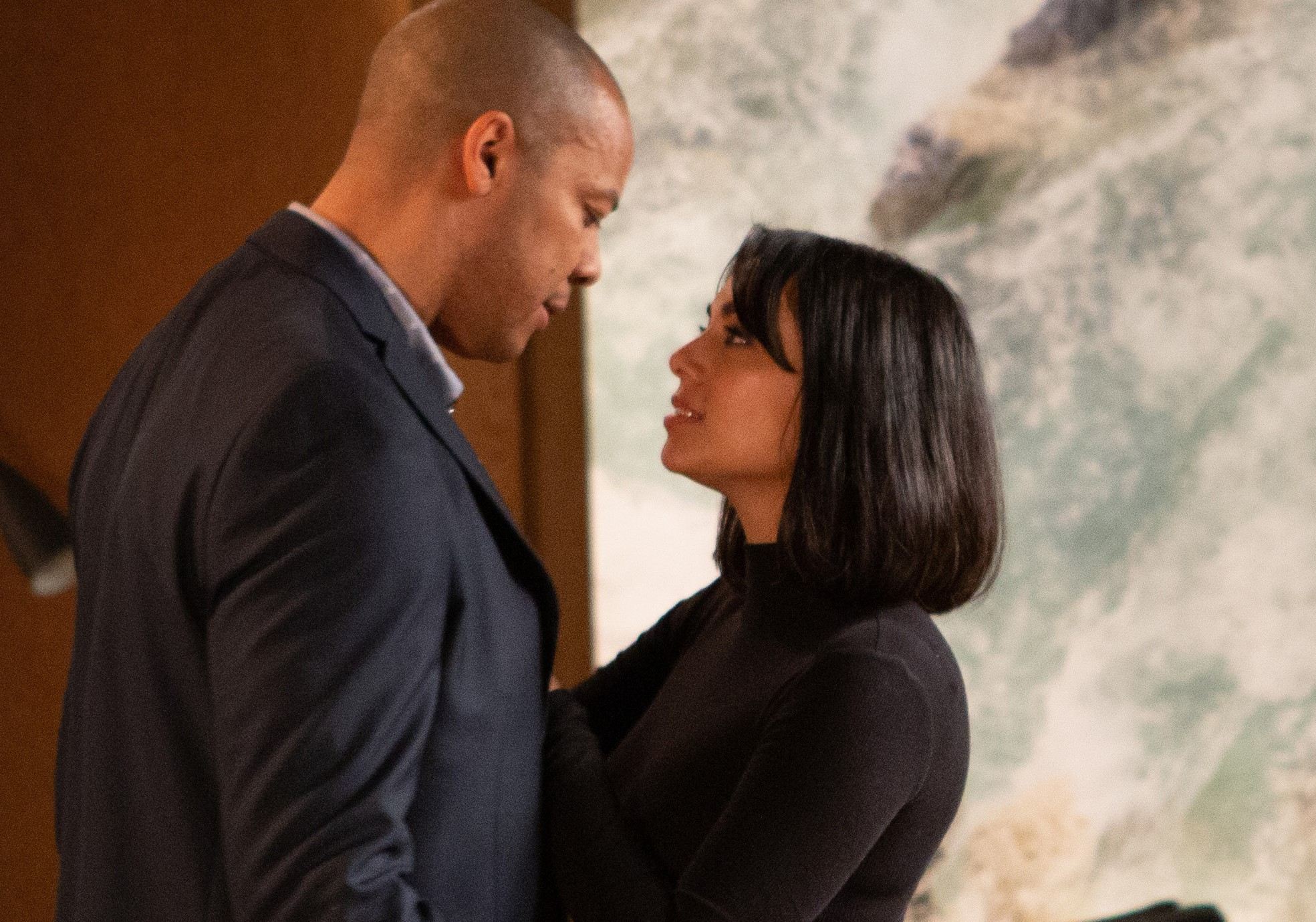 Emmerdale SPOILERS: Things get steamy between Al and Priya