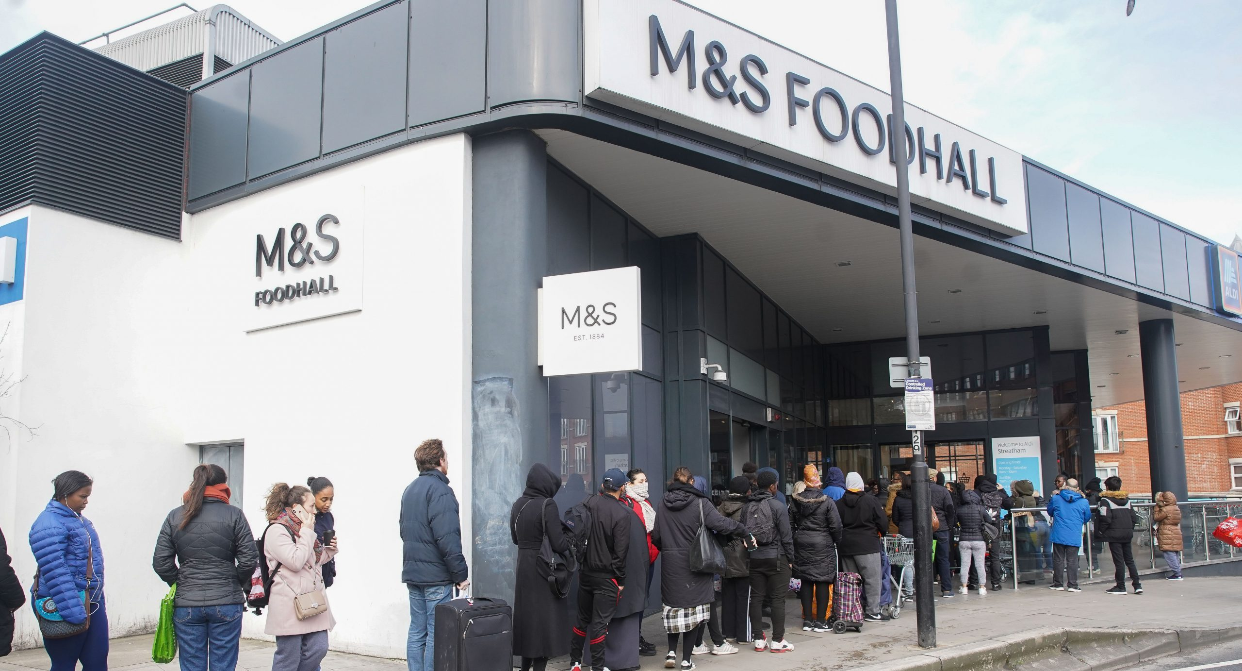 Coronavirus: M&S closes its clothing and homeware-only stores amid lockdown