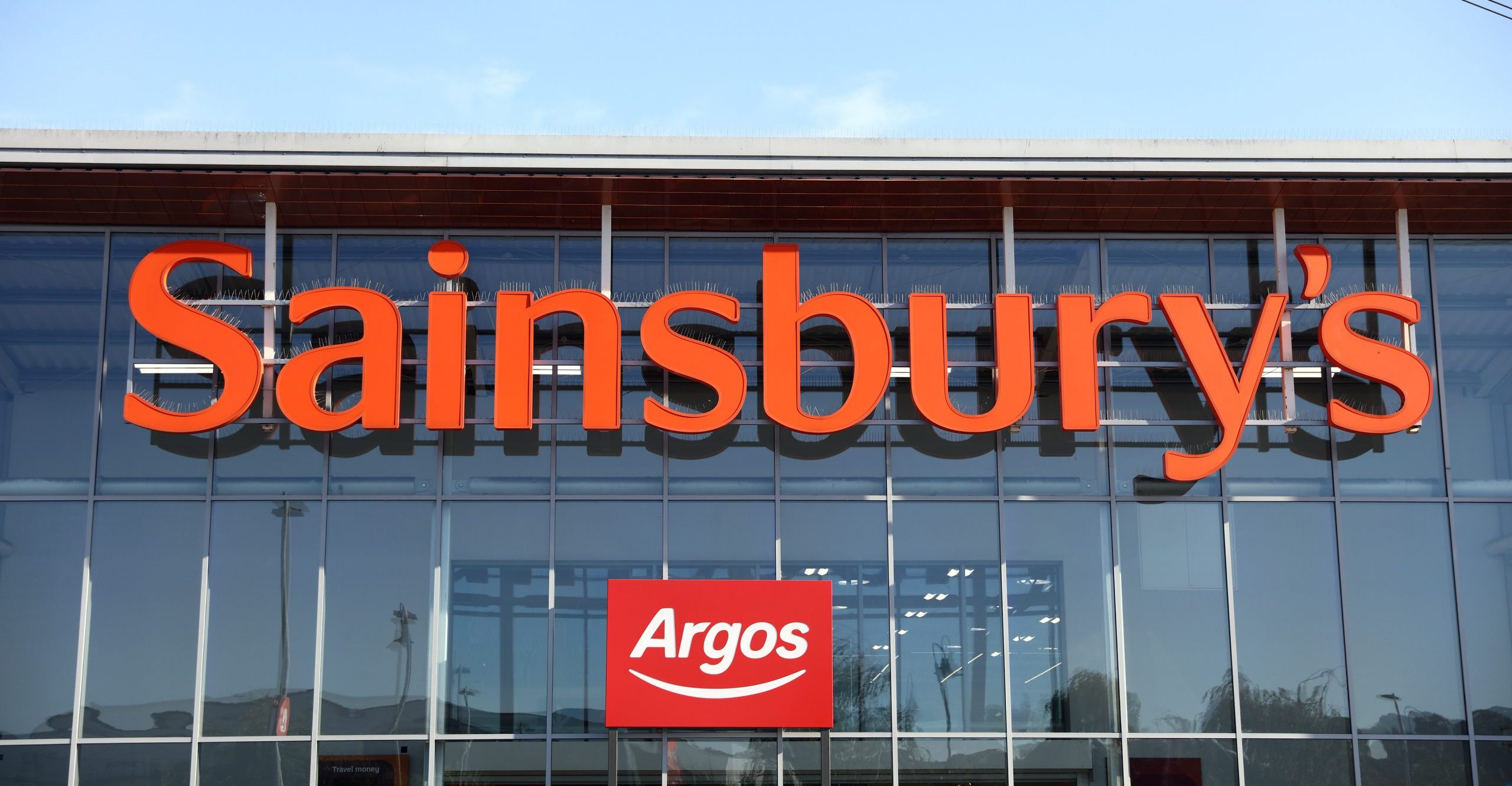 Which supermarkets still offer home delivery? Latest updates from Asda, Sainsbury's, Tesco and more