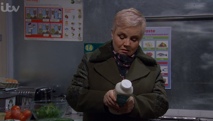 Emmerdale viewers disgusted as Brenda poisons Dan and hides the evidence