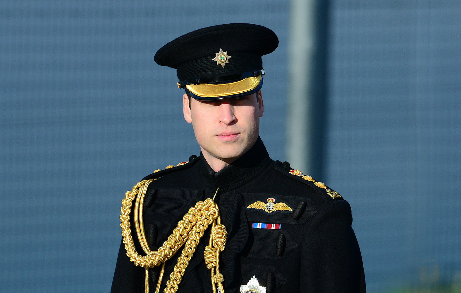 Prince William 'wants to return as air ambulance pilot' to fight coronavirus