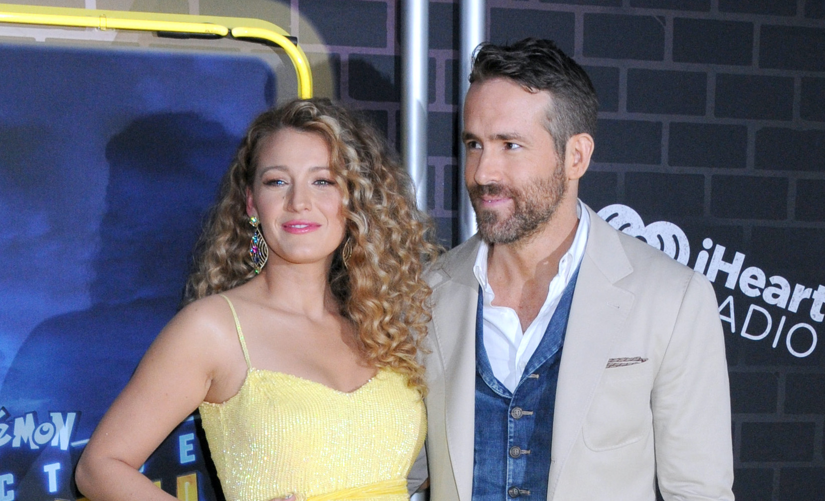 Ryan Reynolds and Blake Lively make a further $400,000 towards the fight against coronavirus