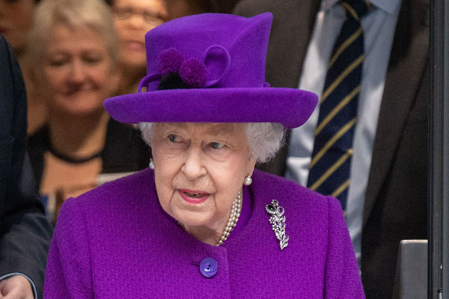 Queen Elizabeth IIs special address on coronavirus to broadcast on April 5