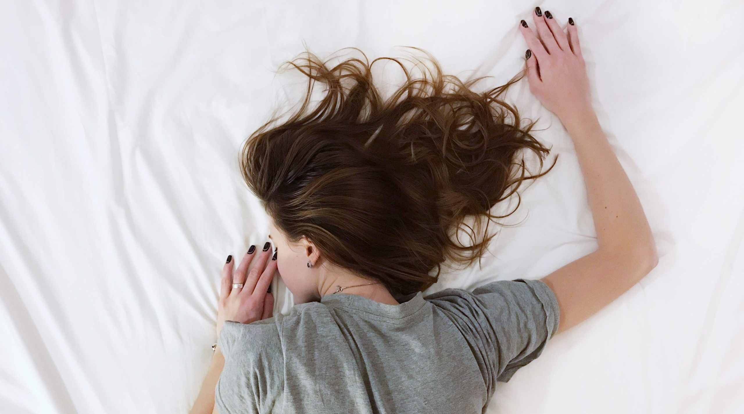 Why am I so tired in the morning? Sleep expert reveals possible causes during lockdown