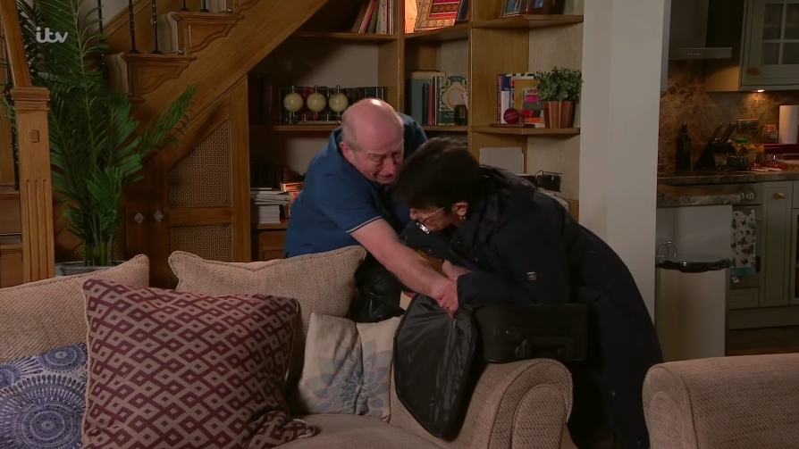 Coronation Street fans' horror as Geoff turns violent with Yasmeen