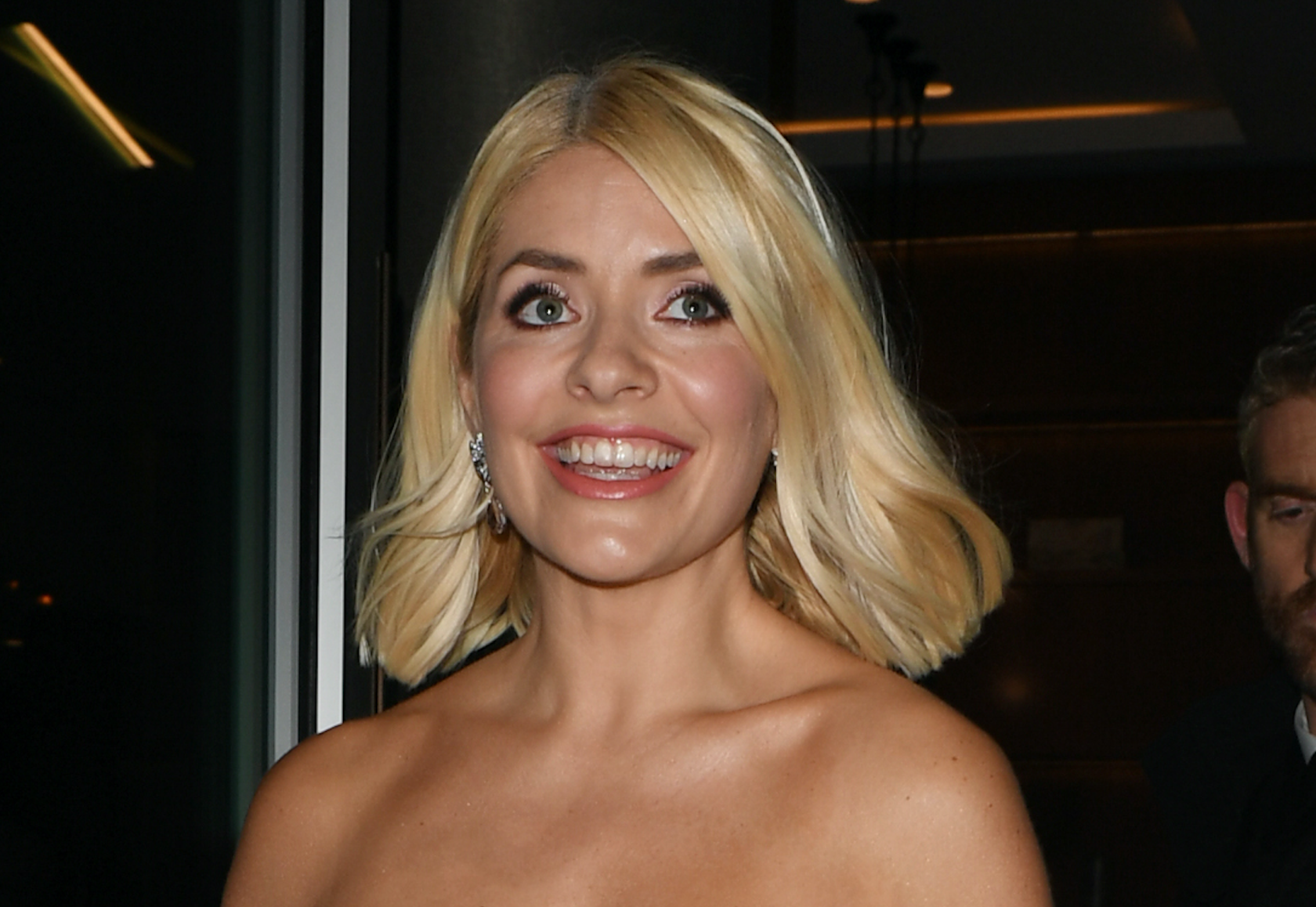 Holly Willoughby shows fans how she colours her own hair at home