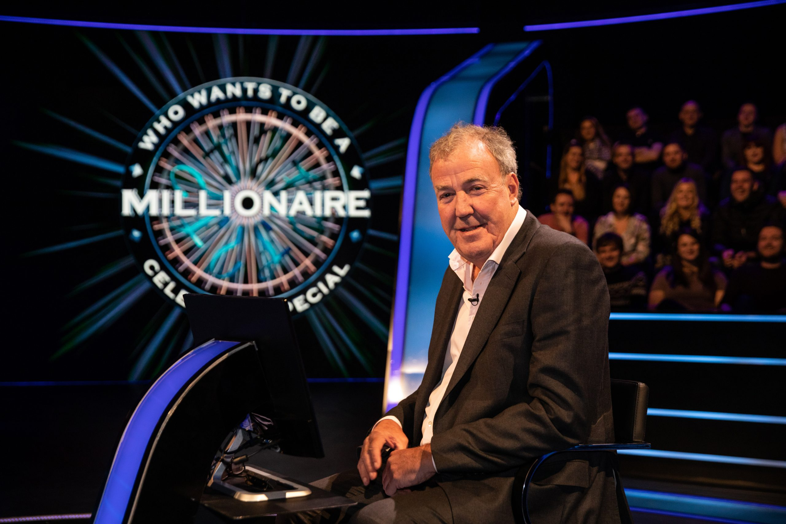 Who Wants To Be A Millionaire fans thrilled as Chaser Mark Labbett joins the show and doesn't know the answer
