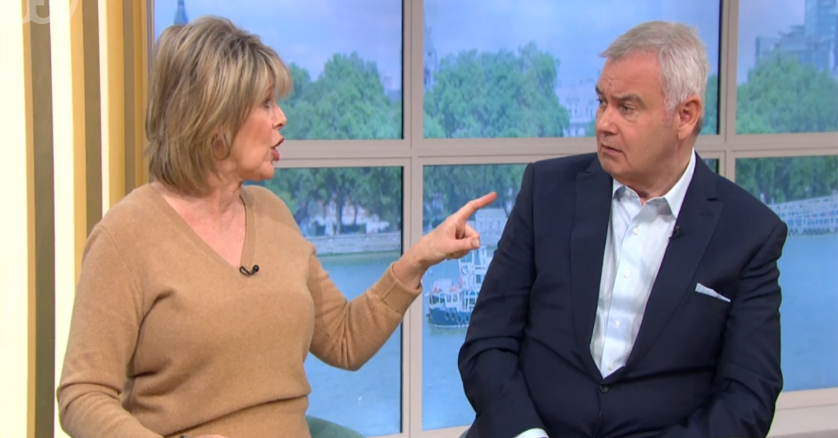 This Morning's Ruth Langsford and Eamonn Holmes argue over his eating habits in lockdown