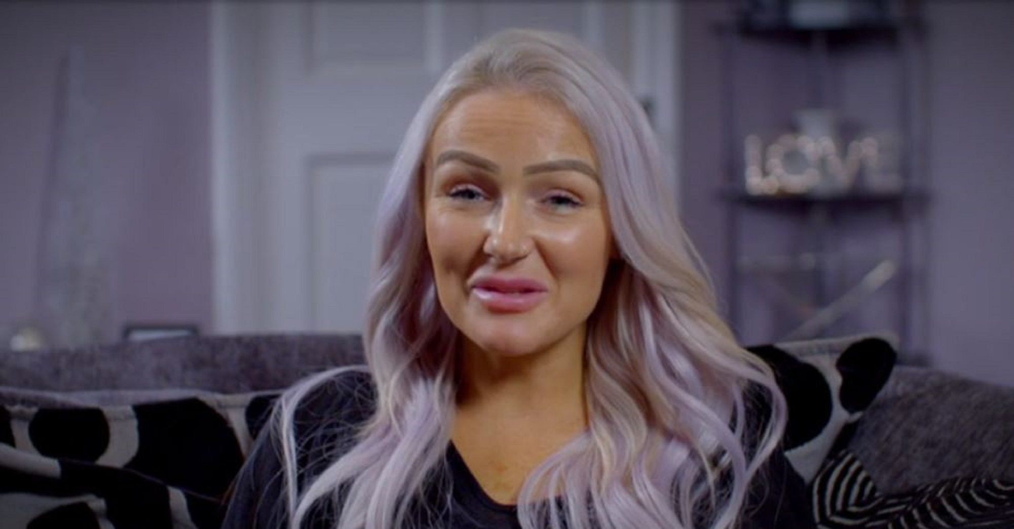 Rich House, Poor House: Viewers puzzled as 'poor' family spends on hair-dye, make-up and lip filler