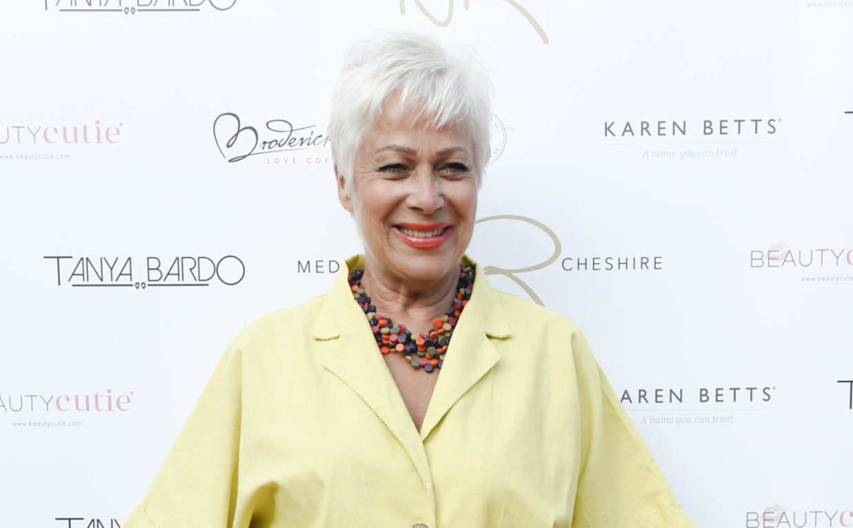 Loose Women's Denise Welch celebrates eight years sober