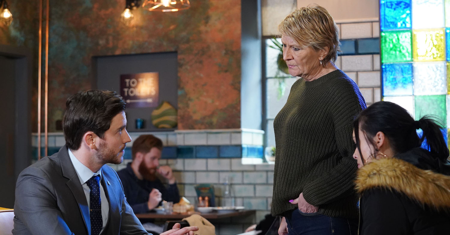 EastEnders fans question if Shirley knows about abusive Gray after hint in scene
