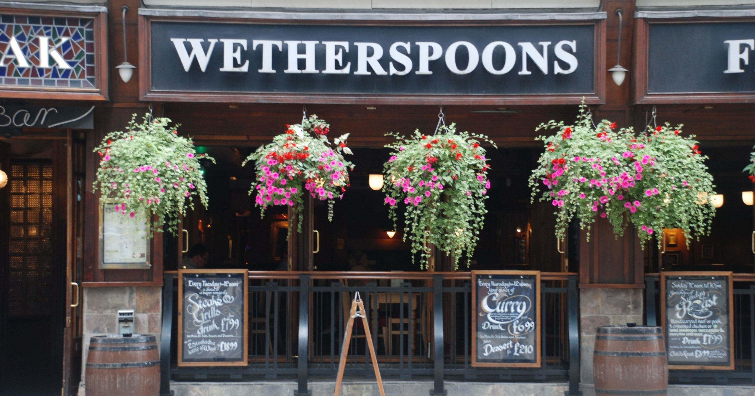 Wetherspoons accused of putting 'profit above lives' as it plans on reopening 'in or around June'