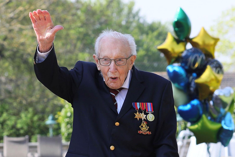 Simon Cowell, Piers Morgan and Boris Johnson lead tributes to Colonel Tom Moore on 100th birthday