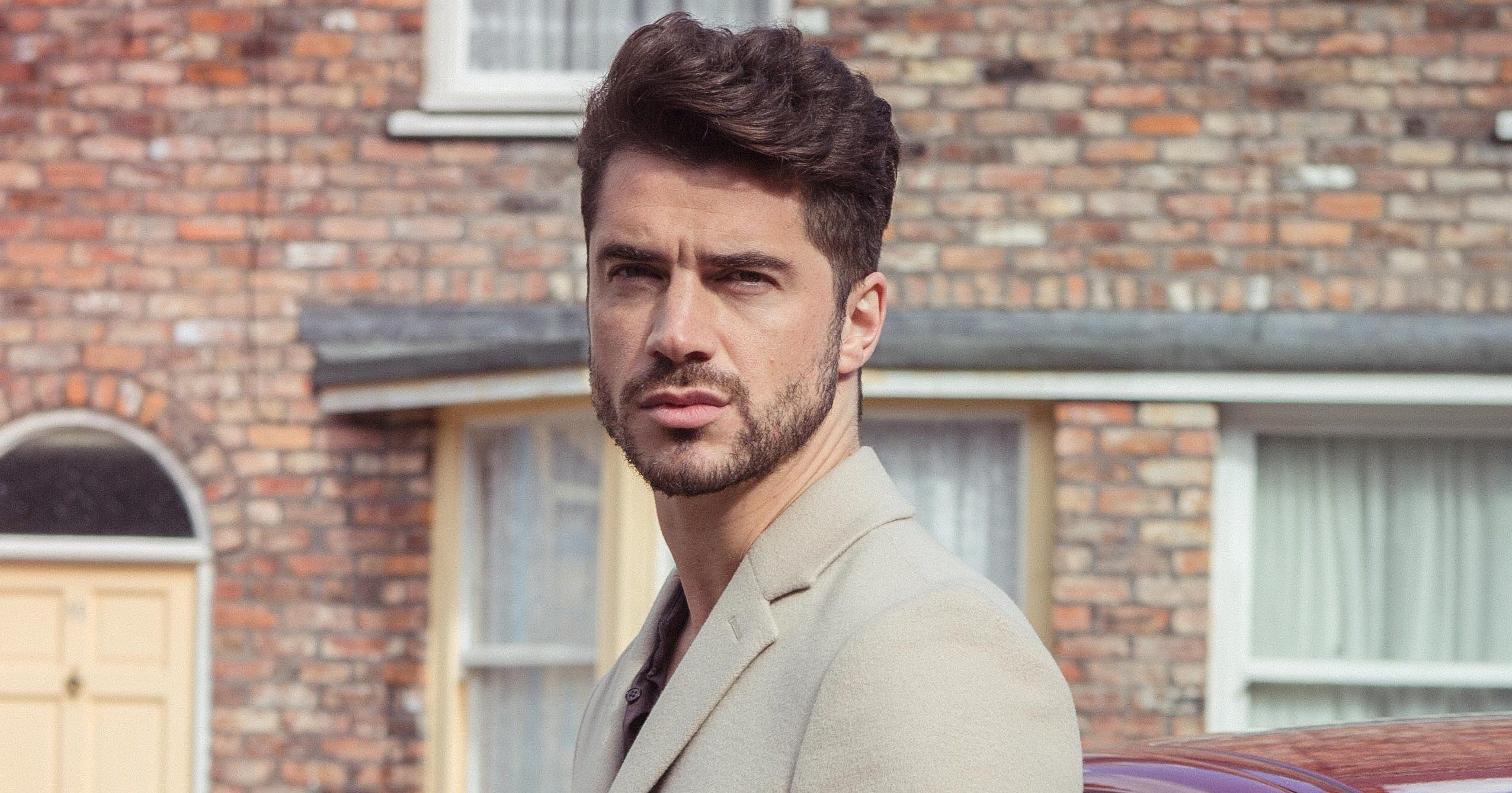 FROM ITV STRICT EMBARGO Tuesday 8 November 2016 Coronation Street - Ep 9035 Wednesday 16 November 2016 A flashy new Jaguar sweeps onto Coronation Street and parks outside Underworld. Adam Barlow [SAM ROBERTSON] steps out Picture contact: david.crook@itv.com on 0161 952 6214 Photographer - Mark Bruce This photograph is (C) ITV Plc and can only be reproduced for editorial purposes directly in connection with the programme or event mentioned above, or ITV plc. Once made available by ITV plc Picture Desk, this photograph can be reproduced once only up until the transmission [TX] date and no reproduction fee will be charged. Any subsequent usage may incur a fee. This photograph must not be manipulated [excluding basic cropping] in a manner which alters the visual appearance of the person photographed deemed detrimental or inappropriate by ITV plc Picture Desk. This photograph must not be syndicated to any other company, publication or website, or permanently archived, without the express written permission of ITV Plc Picture Desk. Full Terms and conditions are available on the website www.itvpictures.com
