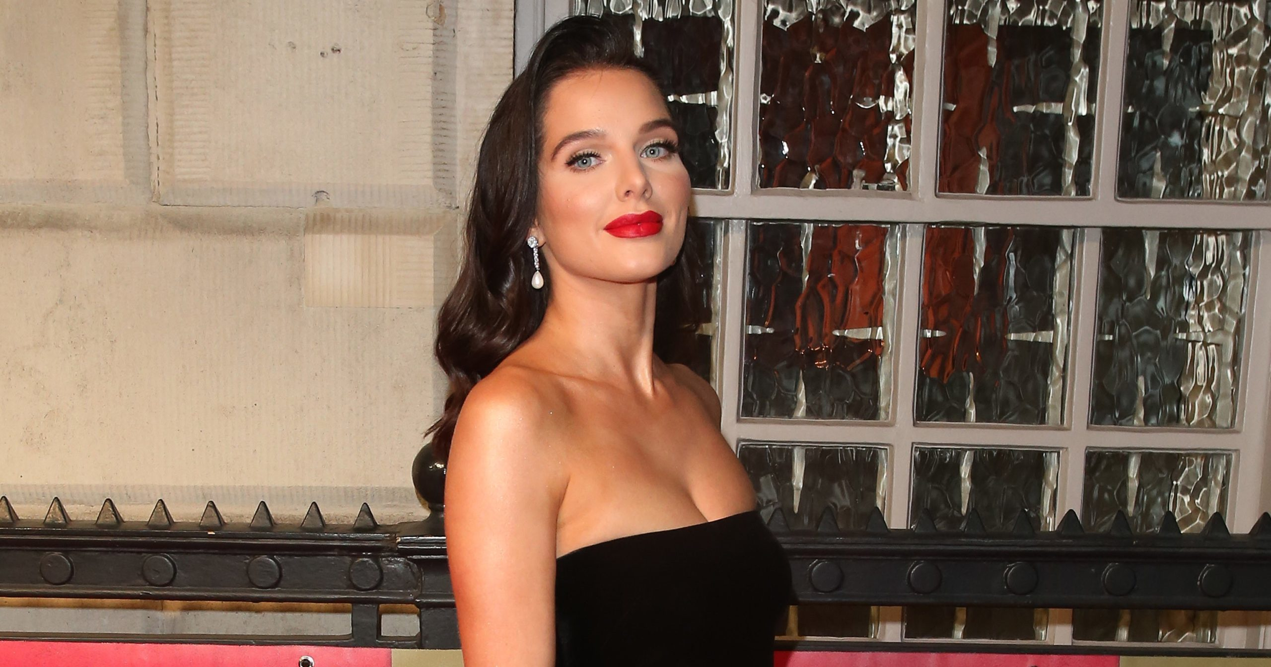 Coronation Street Star Helen Flanagan S Car Broke Down On Ppe Delivery