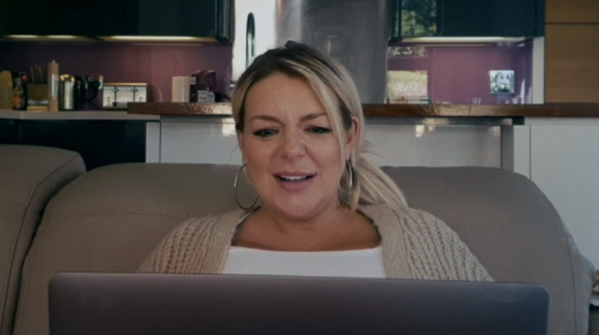 Isolation Stories viewers complain it's too depressing but heap praise on Sheridan Smith's performance
