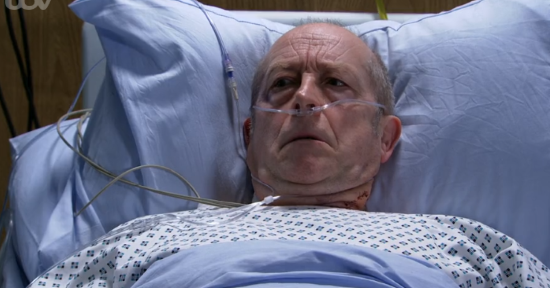 Coronation Street fans disgusted as Geoff wakes up and accuses wife Yasmeen of trying to kill him