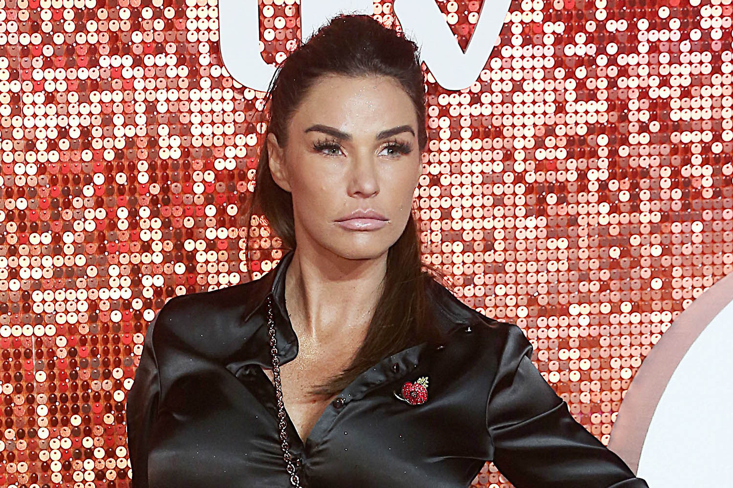 Katie Price 'thinks she's ghost-free after moving out of ...