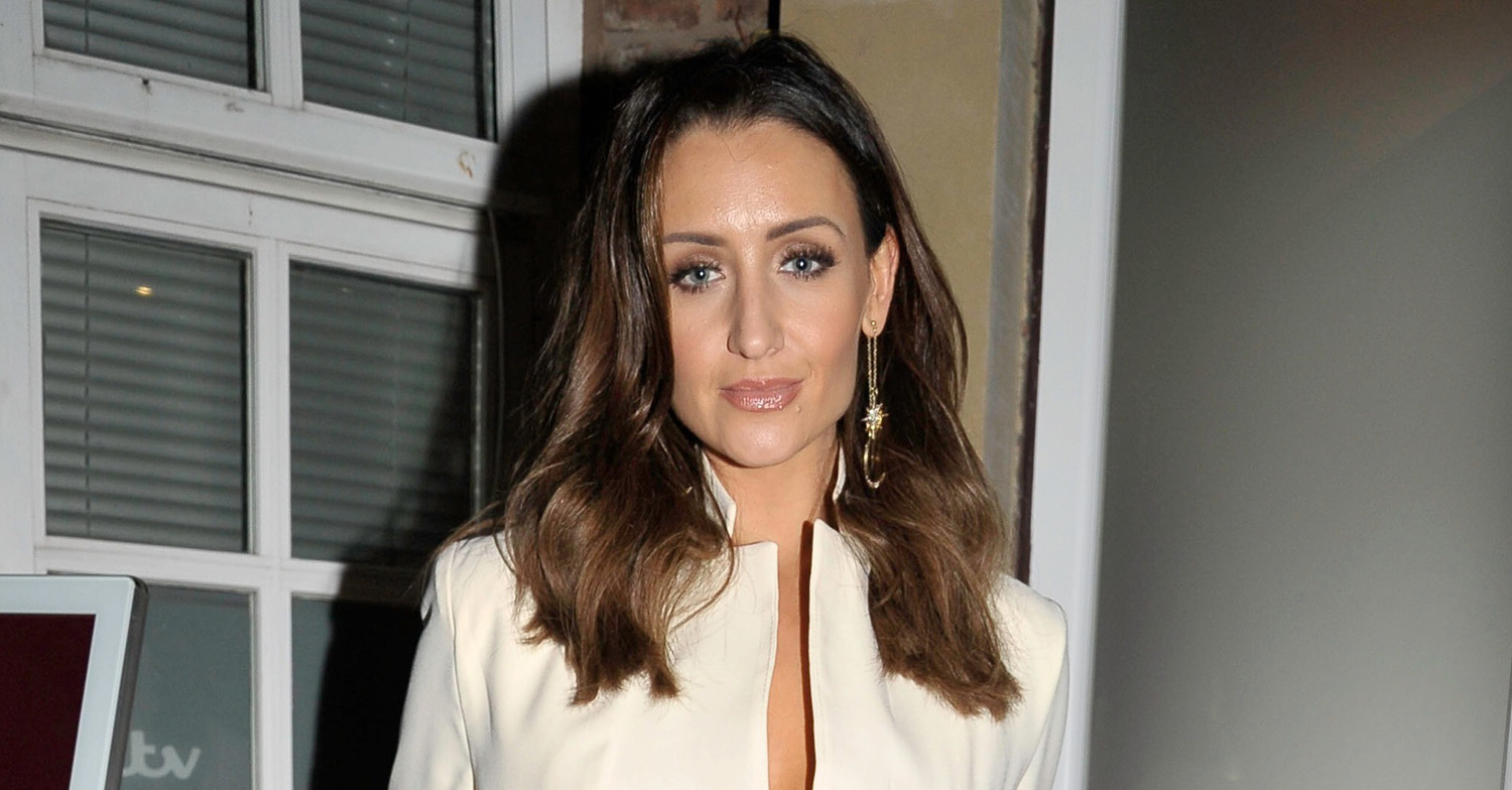 Catherine Tyldesley hosts pub quiz to thank NHS staff for saving mum's life