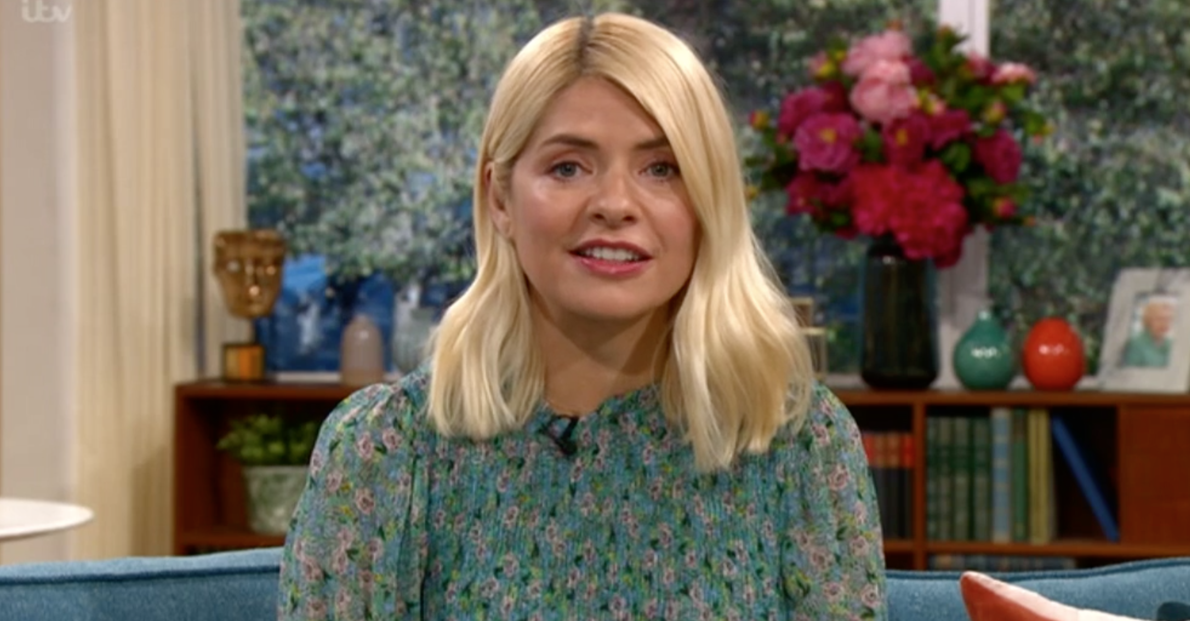 This Morning viewers liken Holly Willoughby's 'quaint' floral dress to their 'grandmother's curtains'