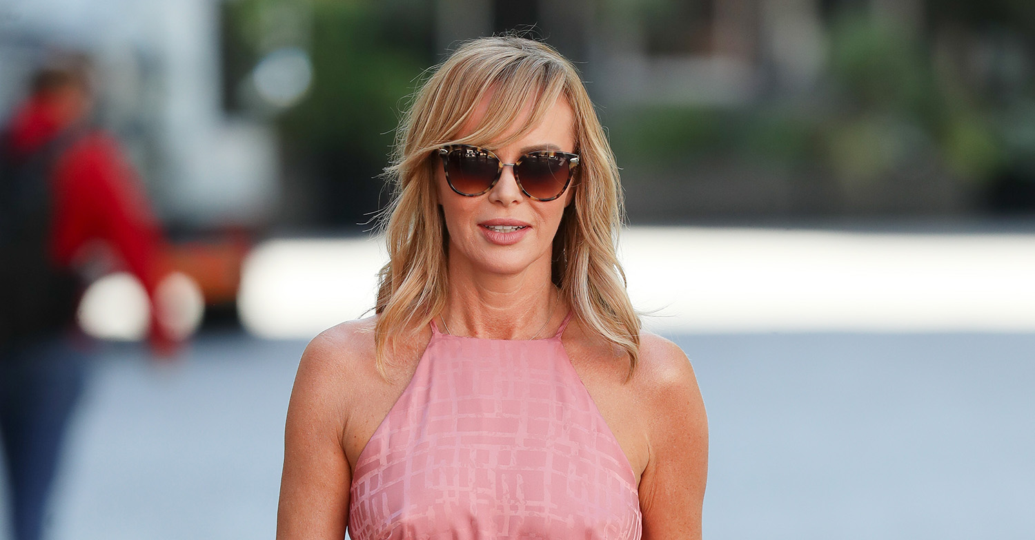 Amanda Holden's fans claim her knee 'looks like Pat Butcher' as she claps for NHS carers