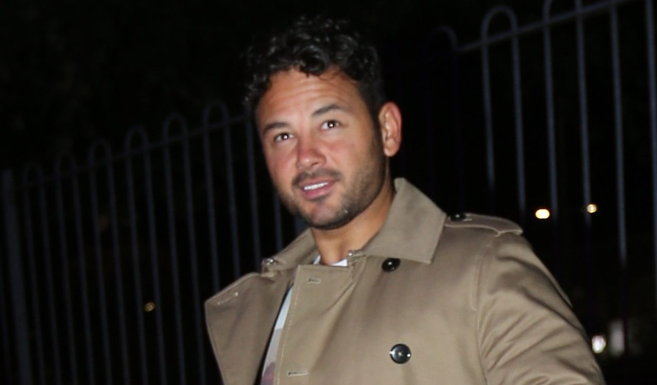 Ryan Thomas shares cute pic of children Roman and Scarlett