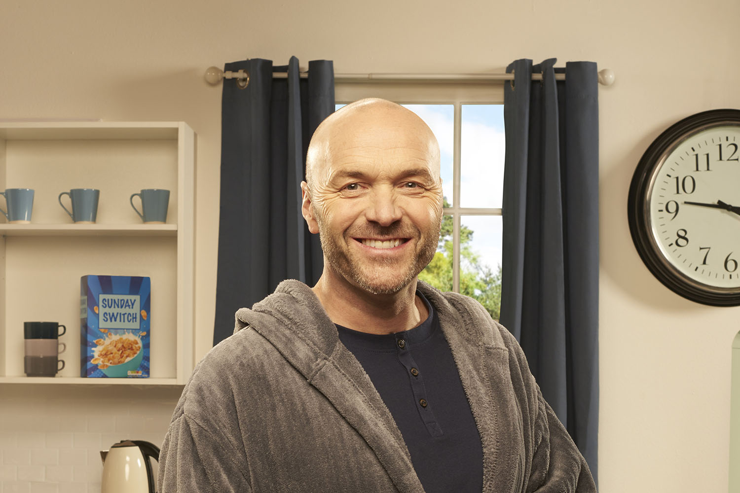 Fans rush to defend Simon Rimmer after he responds to troll
