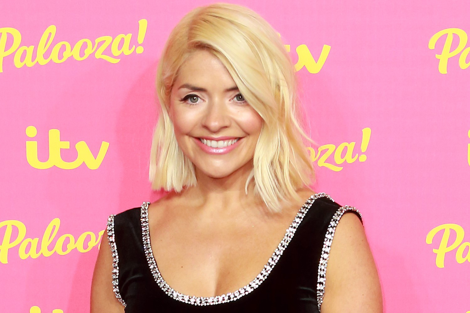 Holly Willoughby says she can't wait to cuddle mum again as she shares sweet birthday tribute