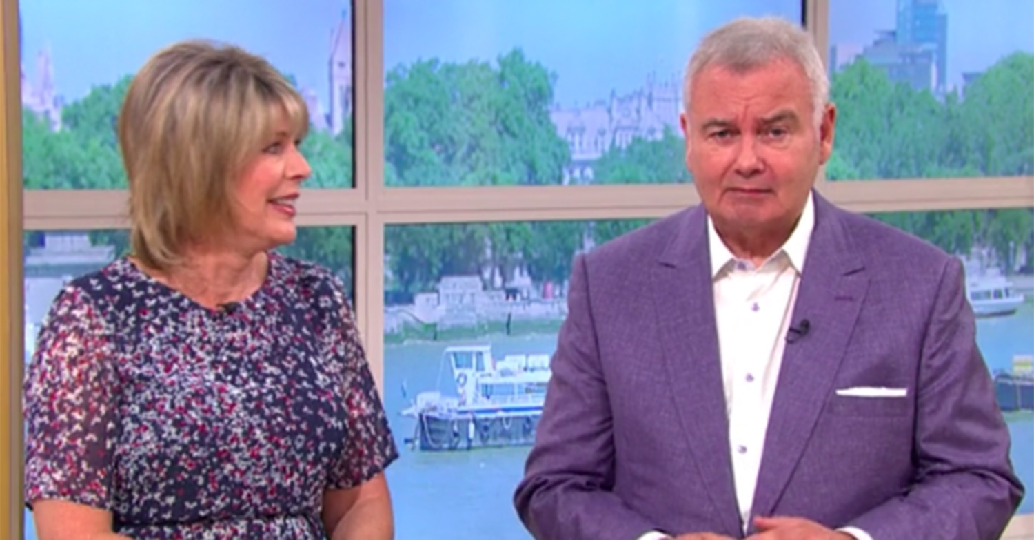 Eamonn Holmes divides fans as he reveals microwaving bacon habit