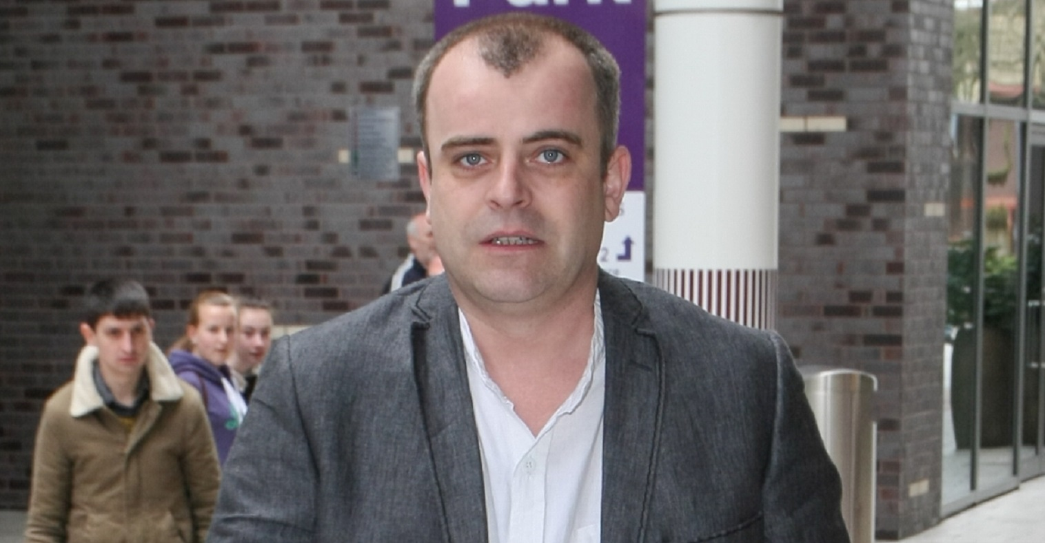 Coronation Street actor Simon Gregson responds after backlash over Dominic Cummings tweets